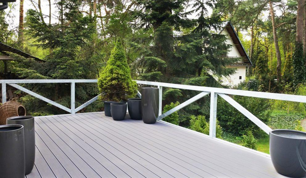 Taras kompozytowy Twinson Essential Terrace w Otwocku