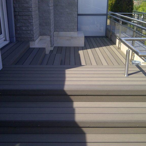 Taras kompozytowy Twinson na dachu wieżowca Falenica 509 (2)