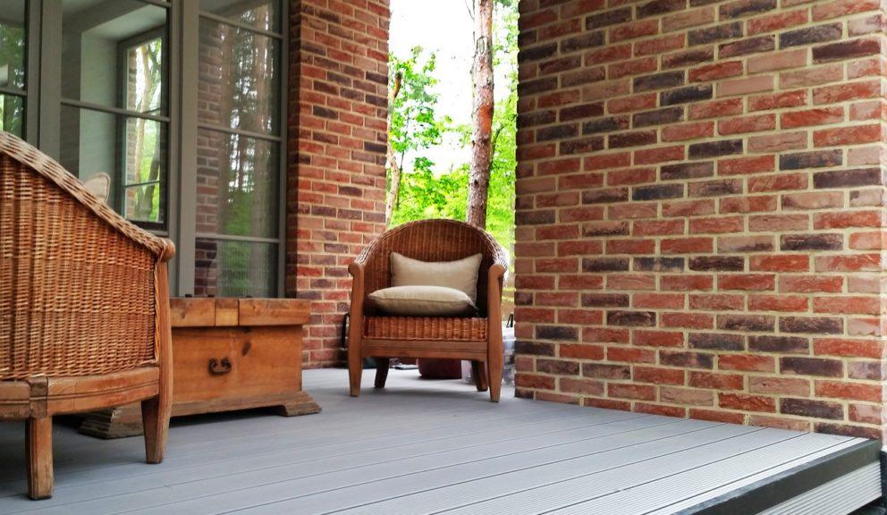 Taras kompozytowy Twinson Essential Terrace w Józefowie
